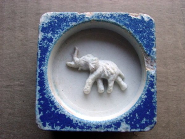 79011: 79011 BB Marbles: Elephant Sulphide Mold