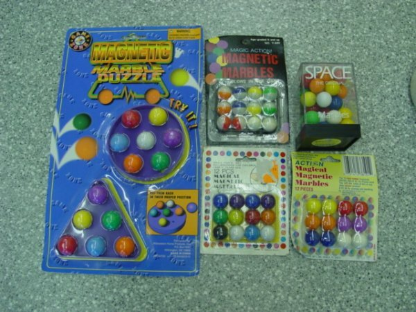 93015 BB Marbles: 5 Magnetic Marble Packages