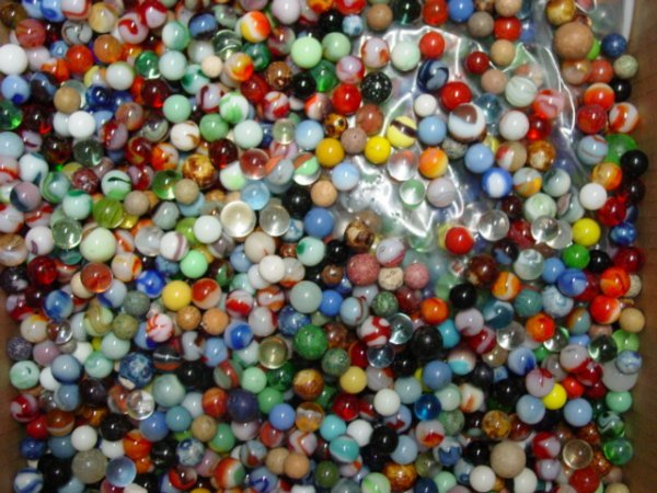 93053 BB Marbles: About 1400 Machine Made Marbles