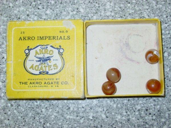 93061 BB Marbles: Akro No. 0 Imperials Box