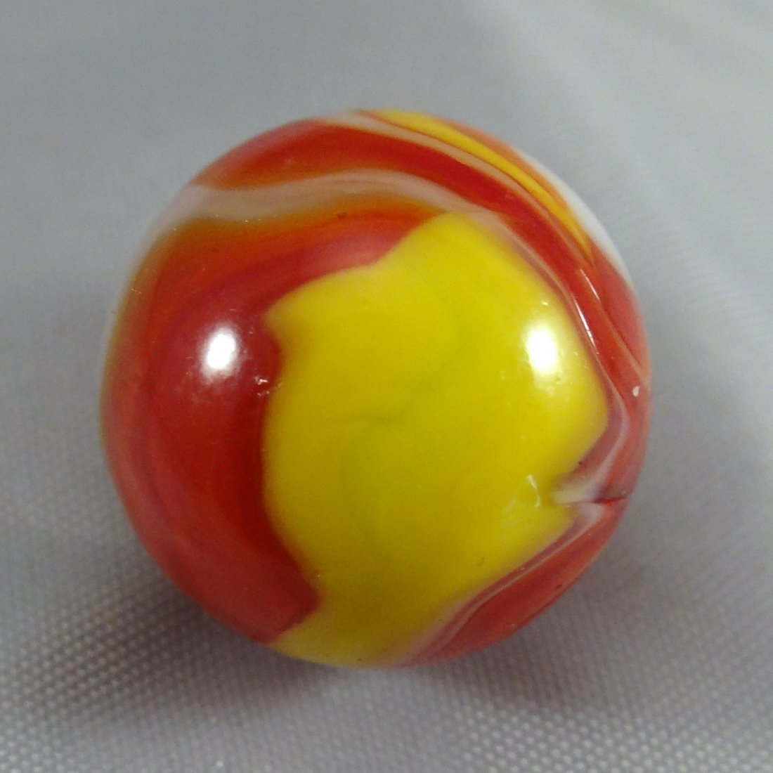 "Lot 41. Peltier Glass. Ketchup and Mustard. 5/8"". M 9.9 - 4"