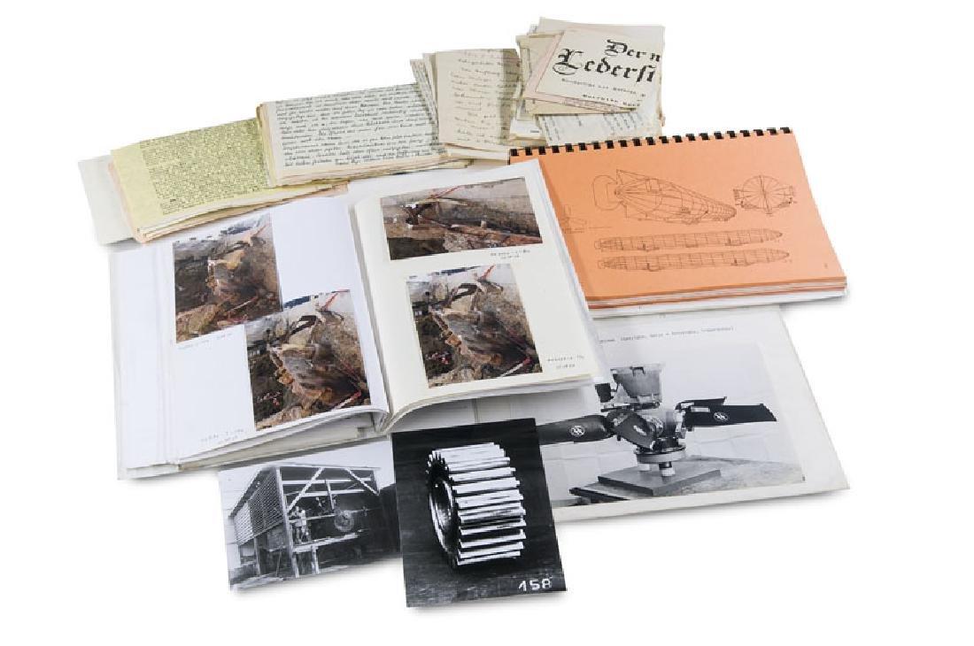 Umfangreiche Sammlung verschiedener Dokumente zur