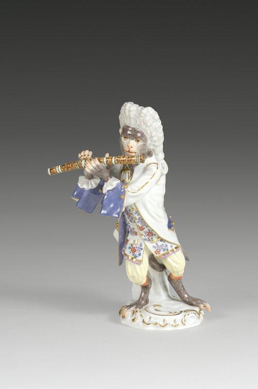 4: Affenkapelle Einzelfigur: Der Flötist.