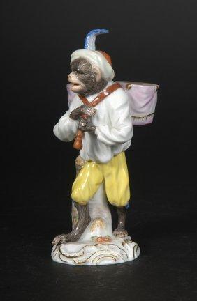 Affenkapelle Einzelfigur: Der Paukentr�ger.