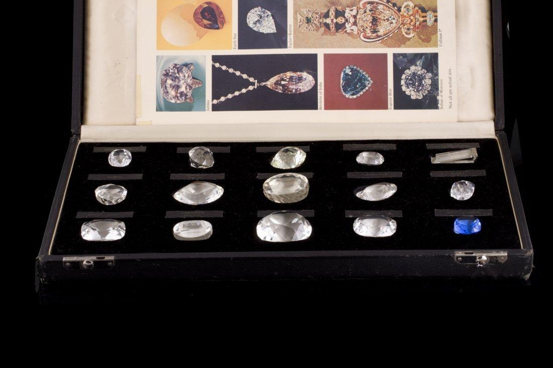 Coffret de diamants historiques renfermant quinze