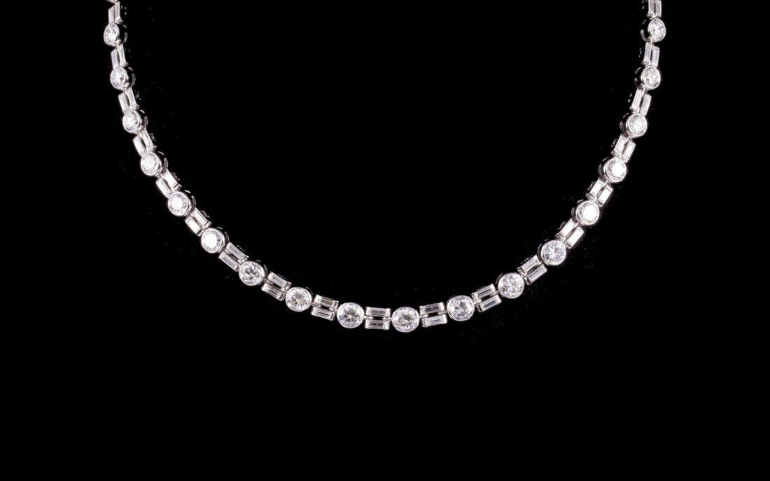 Collier rivière Art Déco en platine et diamants ronds