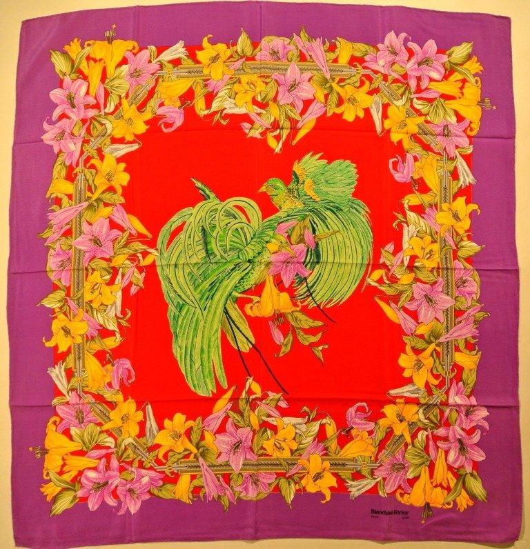 BIANCHINI FERIER Paris Foulard en soie violet et rouge