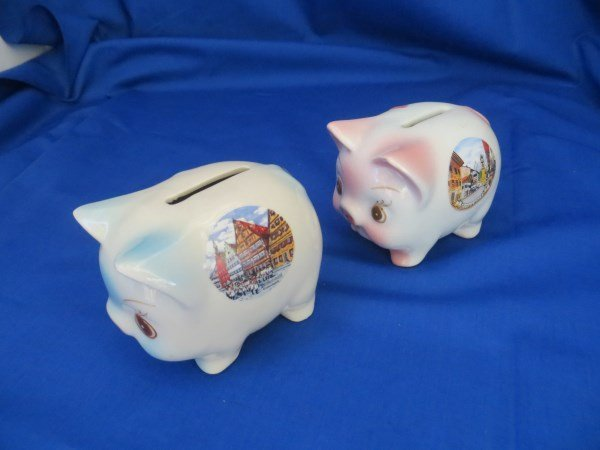 2 Pig Coin Banks