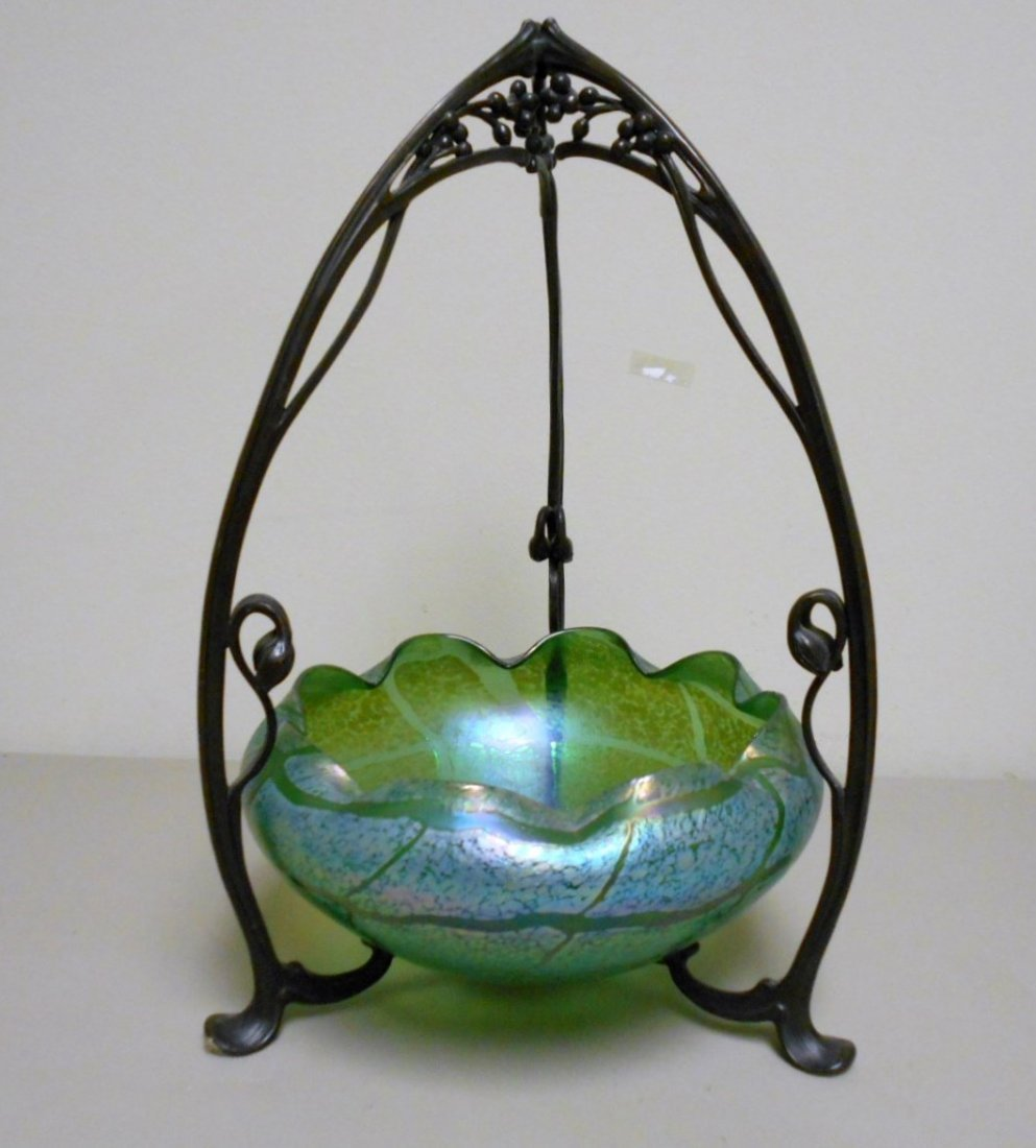 Bohemian Bowl in Bronze Stand