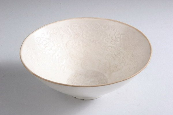 11: CHINESE TING WARE PORCELAIN BOWL, Song dynasty. - 6