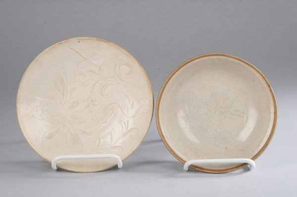 12: TWO CHINESE QINGBAI SAUCERS, Southern Song dynasty,