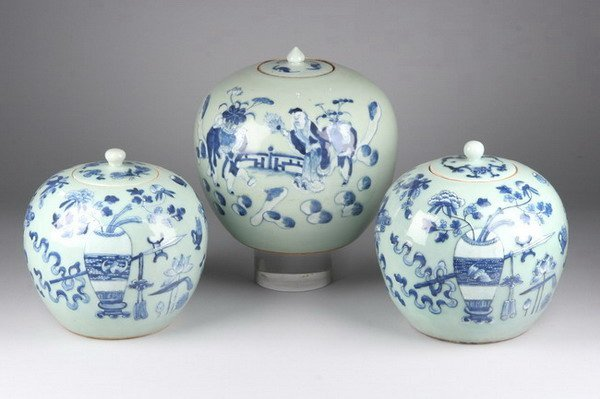 14: THREE CHINESE BLUE AND CELADON PORCELAIN JARS AND C