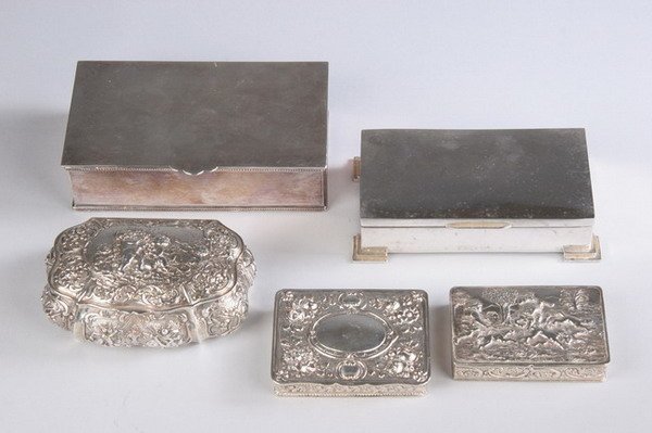 558: FIVE CONTINENTAL SILVER AND SILVER PLATED BOXES. l