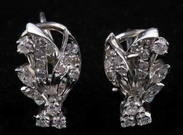 1096: PAIR OF 14K WHITE GOLD AND DIAMOND EARCLIPS.