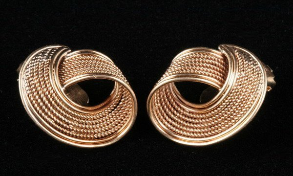 1102: PAIR OF 14K YELLOW GOLD EARCLIPS.