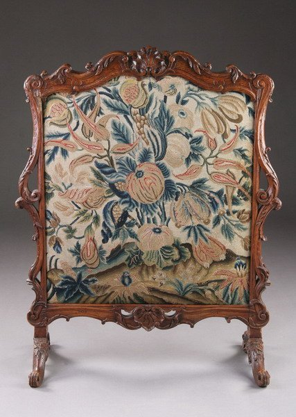 1300: FRENCH REGENCE WALNUT FIRE SCREEN WITH EARLY NEED