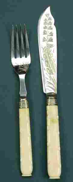 A VICTORIAN TWELVE PIECE IVORY HANDLED SILVER PLATE