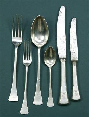 A 36 PIECE AUSTRIAN SILVER SERVICE. - weighable sil