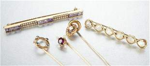 A GROUP OF 14K YELLOW GOLD JEWELRY.