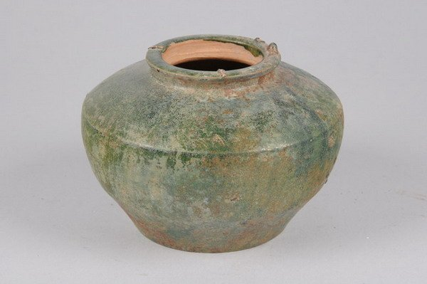 2003: CHINESE GREEN GLAZED POTTERY JAR, Tang dynasty. -