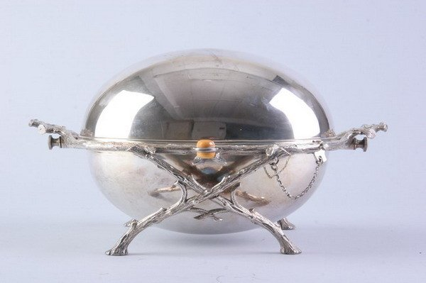 2539: VICTORIAN SILVER PLATED ROLL-TOP ENTREE DISH, Cir