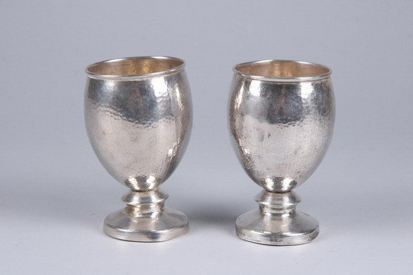 2556: PAIR COLOMBIAN HAMMERED STERLING SILVER GOBLETS.