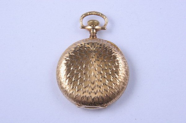 2746: 14K YELLOW GOLD HUNTING CASE POCKET WATCH. By Elg