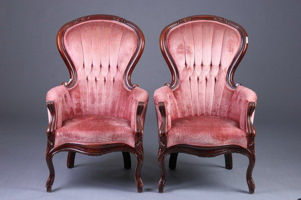 3087: PAIR OF VICTORIAN STYLE TUFTED AND BUTTONED VELVE