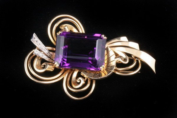 1198: 18K YELLOW AND WHITE GOLD, AMETHYST AND DIAMOND S