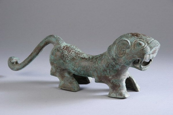 4: CHINESE ARCHAIC BRONZE FIGURE OF TIGER , Han Dynasty