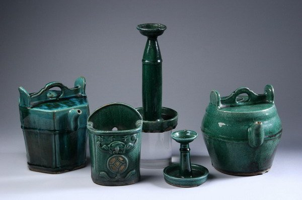 23: TWO SOUTH CHINESE GREEN-GLAZED STONEWARE TEA POTS,