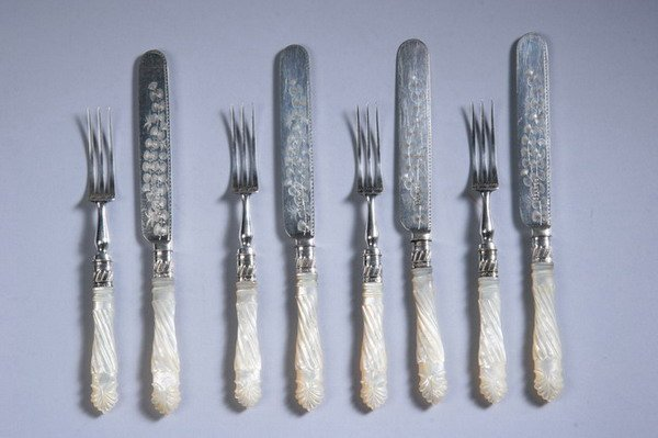 604: 21-PIECE VICTORIAN SILVER-MOUNTED AND CARVED MOTHE