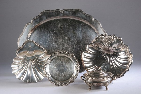611: FIVE SHEFFIELD PLATED AND SILVER PLATED TABLE ITEM