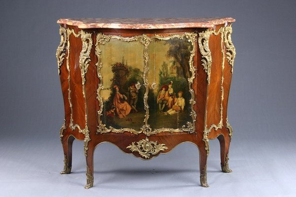 1333: LOUIS XV STYLE MARBLE-TOP COMMODE, late 19th cent