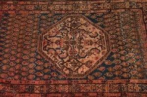 679: SEMI ANTIQUE PERSIAN HAMADAN RUG,  6ft. 1in. x 3ft