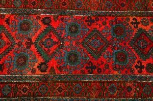 908: AN OLD TURKISH RUG,  3 ft. 3 in. x 6 ft. 6 in.