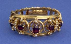 1017A A YELLOW GOLD VICTORIAN GARNET AND PEARL BRACELE