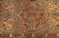 A PERSIAN SAROUK RUG, 3ft. 7in. x 5ft. 1in.