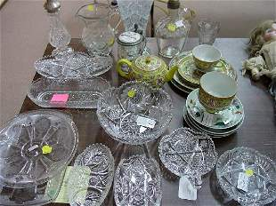 A Collection of Assorted Glass and Porcel