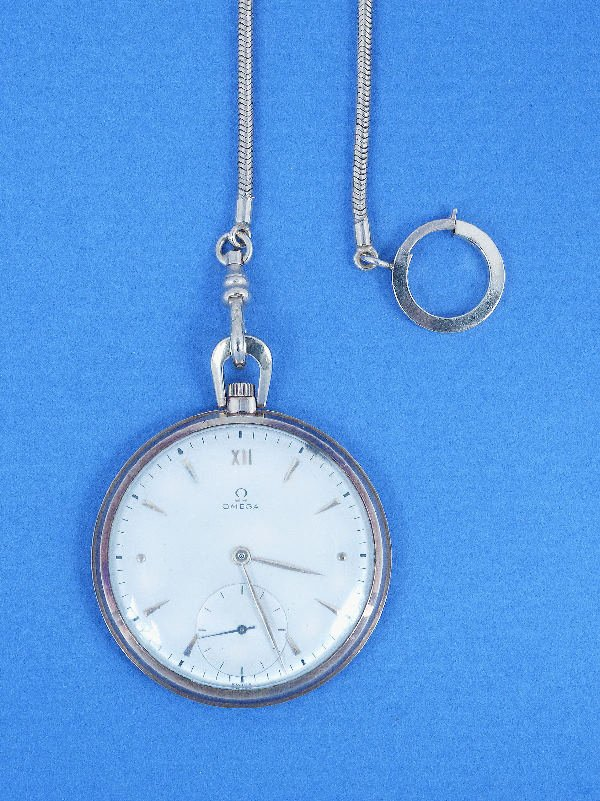 663: A GENTLEMAN'S OPEN-FACED POCKETWATCH, OMEGA. The s