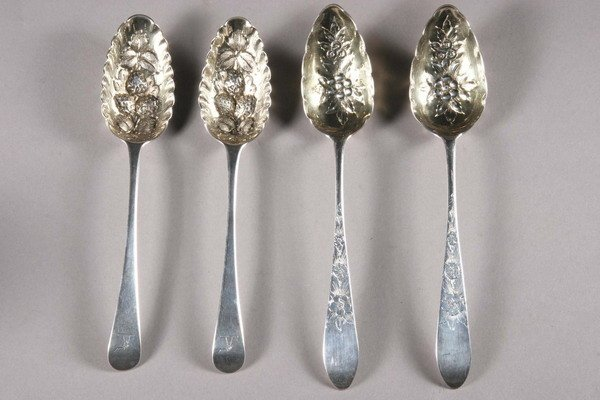 7: TWO PAIRS OF GEORGE III SILVER BERRY SPOONS. - 7 oz.