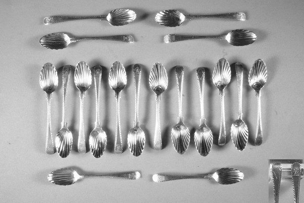 8: EIGHTEEN GEORGE III SILVER TEASPOONS, By Thomas and