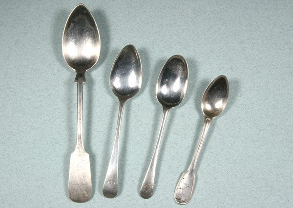 2: COLLECTION OF GEORGIAN AND OTHER SILVER FLATWARE. -