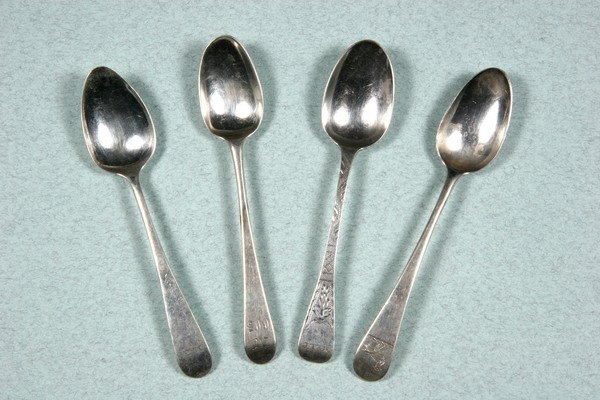 3: COLLECTION OF GEORGIAN SILVER TEASPOONS. - 21 oz., 6