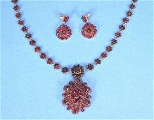 803 VICTORIAN PINK GOLD AND GARNET NECKLACE AND EARRIN
