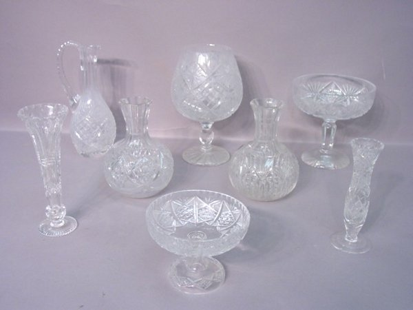 2015: Seven Pieces Of Cut Glass in Assorted P