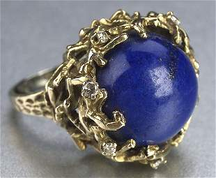 A YELLOW GOLD, LAPIS AND DIAMOND RING. C
