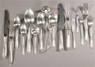 2: TWO AMERICAN SILVER FLATWARE SERVICES, Mid