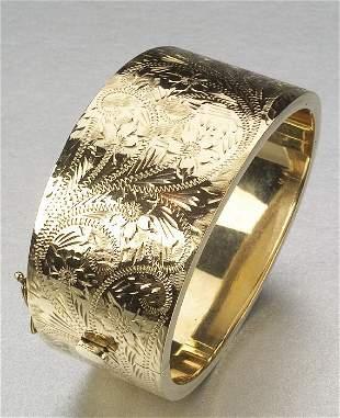 A 14K YELLOW GOLD BRACELET, Signed MS.
