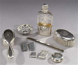 A COLLECTION OF SILVER GENTLEMAN'S TOILET